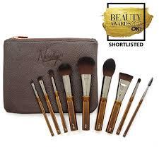 awarded makeup brush set