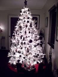 ... Amazing Black And White Christmas Tree Ideas Tittle ...