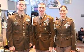 us army u s army debuts new uniform that emulates wwii greens