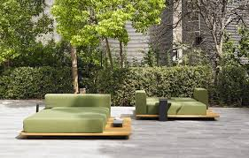 Cool garden furniture Super Cool The Latest Trends Reflect The Desire To Bring The Indoors Outside And When It Comes To Erasing The Line Between The Two Spaces Spain Is Home To Many Qblabs Il Salone Del Mobile Milano 2017 Design Cool Outdoor Lounges