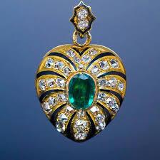 victorian antique enamel emerald diamond gold heart shaped locket pendant for