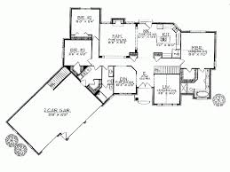 ranch house plans angled garage