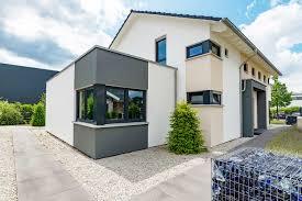 Farbige Fenster Kosten Vor Nachteile Deutsche Fensterbau