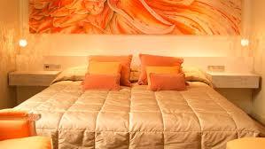 Wonderful Orange And Yellow Bedroom Design Ideas