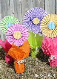 tissue paper flower centerpiece ideas cheerful cheap and easy flower centerpieces thecraftpatchblog com