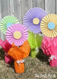 tissue paper flower centerpiece ideas cheerful cheap and easy flower centerpieces thecraftpatchblog com