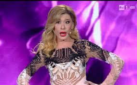 Saremo 2016, Virginia Raffaele è una supersexy Belen Rodriguez – Tvzap