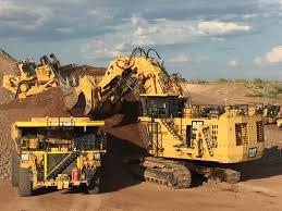 Top 7 biggest mining excavators in the world Images?q=tbn:ANd9GcSUNI5eF5O7nw_2-Fif6f4_wZrguKFdREAHf1Co12DgtCW8Di76