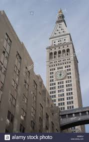 the metropolitan life insurance company tower in new york city