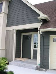 exterior paint colors to match brown roof. better exterior home color -house is smokestack grey paint colors to match brown roof a