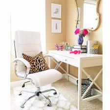 Trendy home office Stylish Describe Your Office Space To Us Sayeh Pezeshki Laila Fazils Clean Trendy Home Office office Tour Sayeh