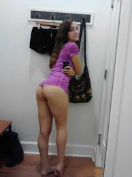 35 Amateur nude girls dressing rooms and bathrooms selfie.