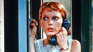 Mia Farrow dans Rosemary's Baby (1968), toujours de Roman Polanski