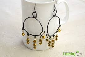 here we ll show you a beginner s jewelry making idea for making your bead and wire earring using some household supplies here we go