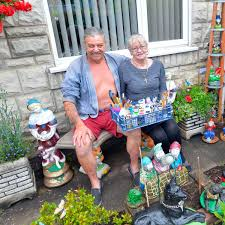 Coventry man's huge garden gnome collection that's got the street ...