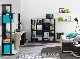 Kinderzimmergestaltung Mit Schwarzen Regalen Und Und Kinderzimmer Teppich  Grau