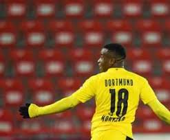 The moment we've been waiting for 🥰 youssoufa becomes the youngest player in the history of the bundesliga (16 years, 1 day). Dernieres Infos Y Moukoko B Dortmund Besoccer