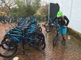 launch of 2016 giant bicycles dcs