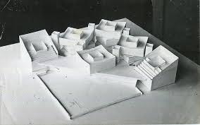 Как строился Центральный государственный музей Её проект являлся одновременно и дипломной работой выполняемой под руководством архитектора Эдуарда Цоя Первоначально темой работы был обозначен Музей