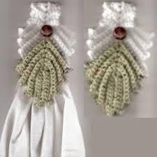 Crochet Towel Topper Pattern Amazing Crocheted Towel Topper ThriftyFun