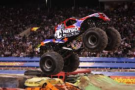 Circus Auto Parts The Advance Auto Parts Monster Jamar Makes Its Return To The
