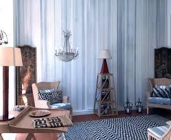 Parete azzurro carta da zucchero: parete blu in camera da letto