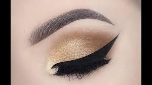 gold smokey eye makeup photo 1