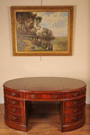 oval office table. Oval Office Table