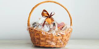 Wie Sie Geschenke Kreativ In Folie Verpacken Können