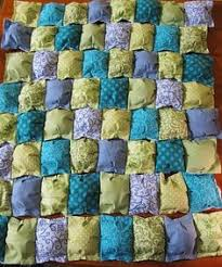 How to Make a Puff Quilt | Biscuit quilt, Puff quilt and Quilt ... & This looks so comfy and easy, Puff Quilt tutorial @Karen Jacot Jacot Grube. Adamdwight.com