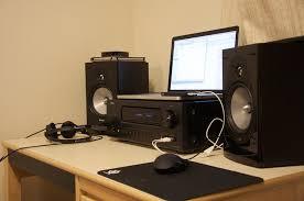 speakers desk. bqbuh.jpg speakers desk 3