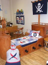 Pirate Themed Bedroom Make A Bedroom A Pirate Bedroom Bedroom Decoration