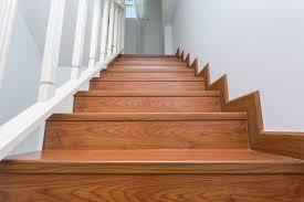 Viertelgewendelte treppe in eiche, natur geölt. Faq Treppen Aus Polen Mores Treppen De