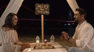 Ağır Romantik filmi konusu ne, oyuncuları kimler, nerede çekildi?