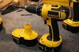 Dewalt Battery Comparison Chart Dewalts 18v Battery Fits Old And New Tools Finewoodworking