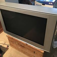 sony wega crt tv. 34\ sony wega crt tv