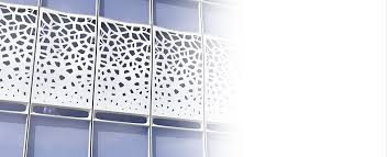 the liquid wall is an architecturally versatile energy positive unitized curtain wall system cast in fiber reinforced ultra high performance concrete