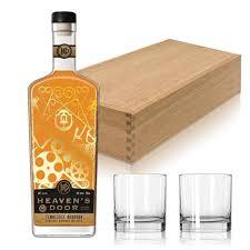 heaven s door 10 year old bourbon whiskey gift set w gles