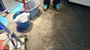 Consejos Para La Limpieza Y Mantenimiento De Paredes Y Suelos  El Como Limpiar Suelo Porcelanico