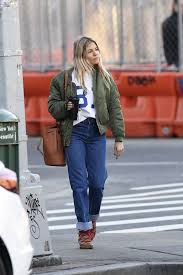 41 sienna miller outfits we will never tire of. Sienna Miller Out And About In New York 03 11 2020 Hawtcelebs