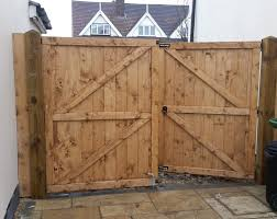 double gates made to measure