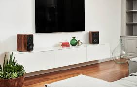 sonus faber adds stylish bookshelf speaker to its herie collection