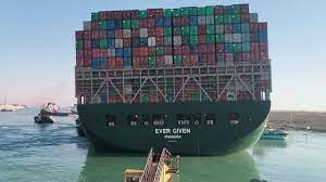 "Suezkanal: Bug des Containerschiffs ""Ever Given"" sitzt noch immer fest -  News - Bild.de"