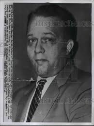1956 Press Photo Chester Smith dad of dead girl Jacqueline Smith in NY |  Historic Images