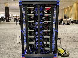 Oracle построила суперкомпьютер с использованием 1060 <b>мини</b> ...