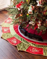 lowes christmas decorations lovely awesome christmas tree skirts interior of lowes christmas decorations jpg 819x1024