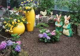 garden decorations. Colors Attracts Everyone And Hence Also It Helps Your Brain To Feel Relieved. Garden Is A Place Where You Can Sit Have Tea Or Isolate Decorations E