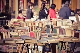 Risultati immagini per mercatini libri usati