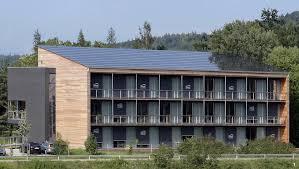 Дом на солнечных батареях рисунок