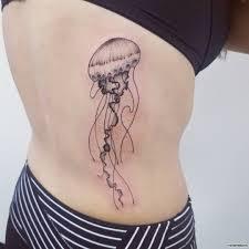 медуза тату сбоку тела у девушки добавлено иван вишневский
